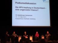 Podiumsdiskussion mit Gerd Scobel (ganz links)